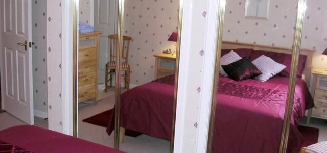 Silvermills ensuite bedroom